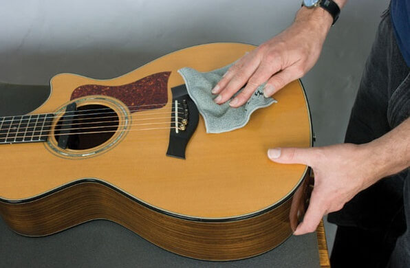 How to clean guitar fretboard?